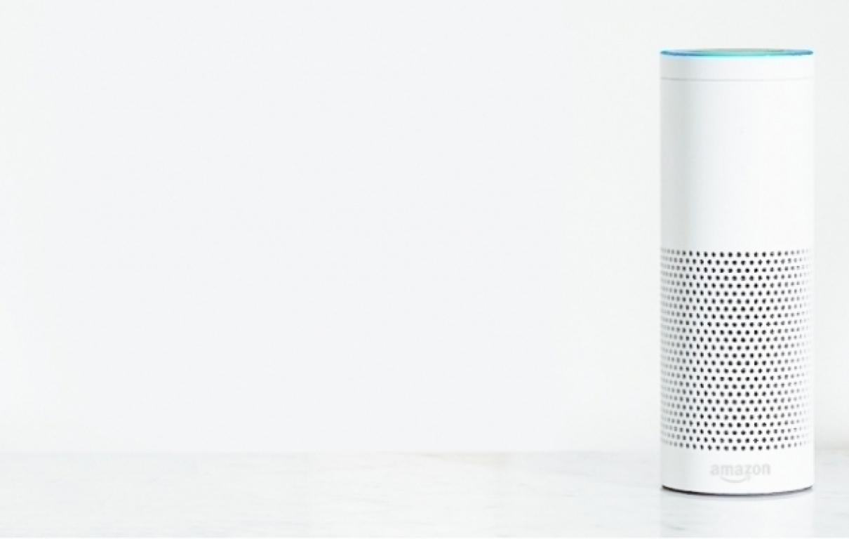 Echo Plus White Desk