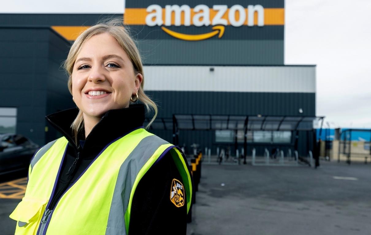 UNP Amazon 41898 NAW BRS1 Emma Carmody 001
